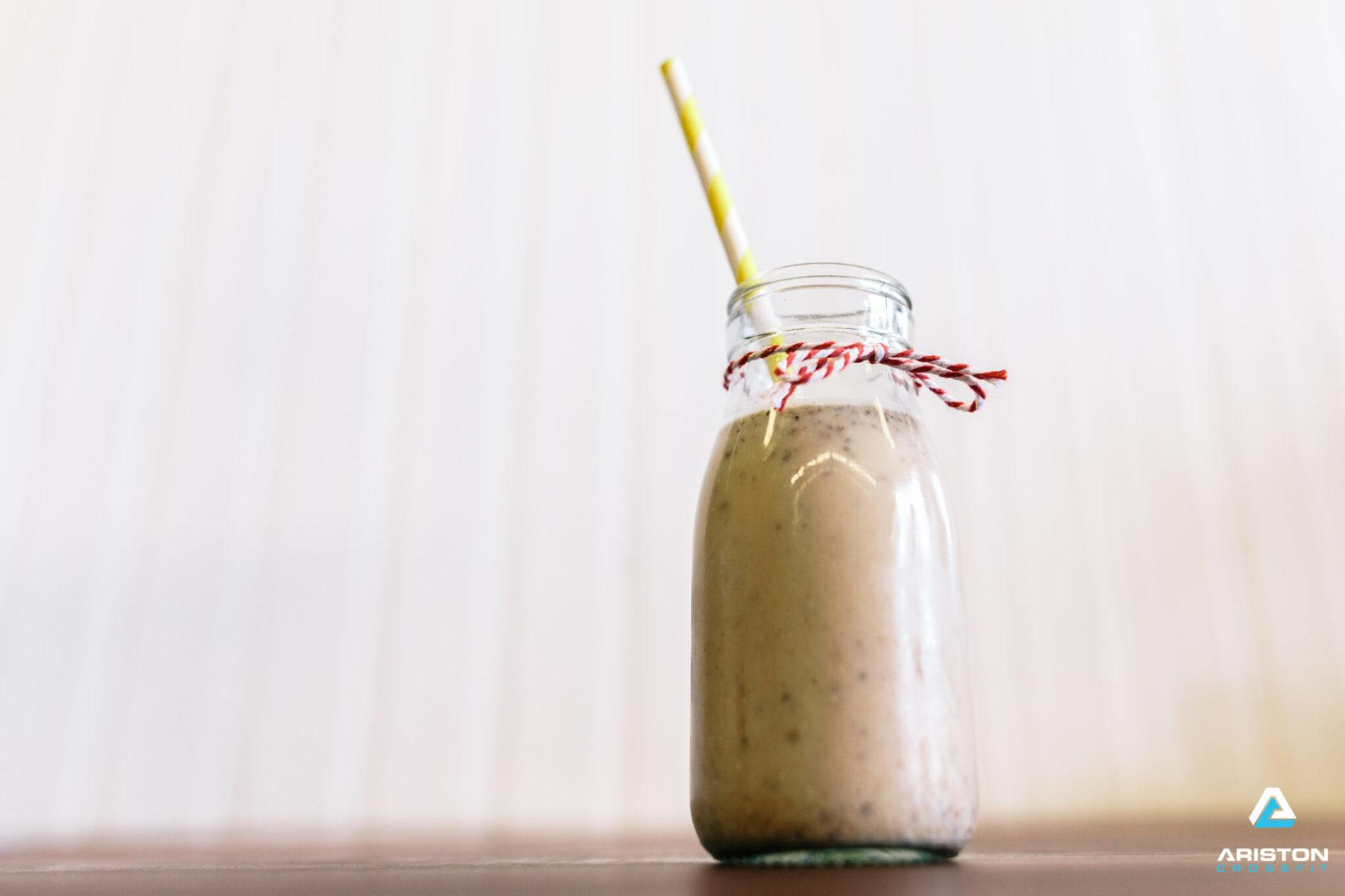 Gingerbread Protein Smoothie